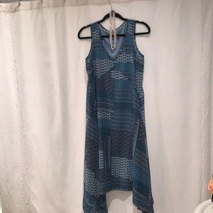 Dresses & Skirts - Super comfy handkerchief dress